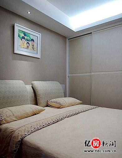 主卧室的移门衣柜 - 武汉热线