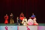 武汉一高校学生举行新生成人礼和拜师仪式 - Hb.Chinanews.Com