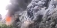 视频-武汉百年老建筑江汉饭店发生火情 现场浓烟滚滚 - 新浪湖北