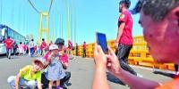 杨泗港长江大桥月底通车 一跨过江创多项世界纪录 - 新浪湖北
